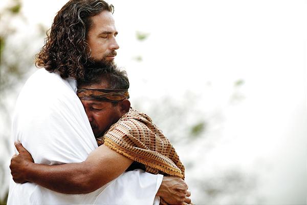 https://thevinethatwrites.files.wordpress.com/2012/04/hugging-jesus.jpg